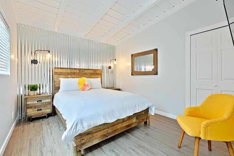 La Jolla Shores Bedroom 3.jpg