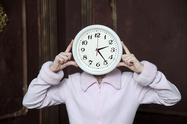Working From Home: Identify the best time of the day when you can work and focus your time and energy on your tasks.