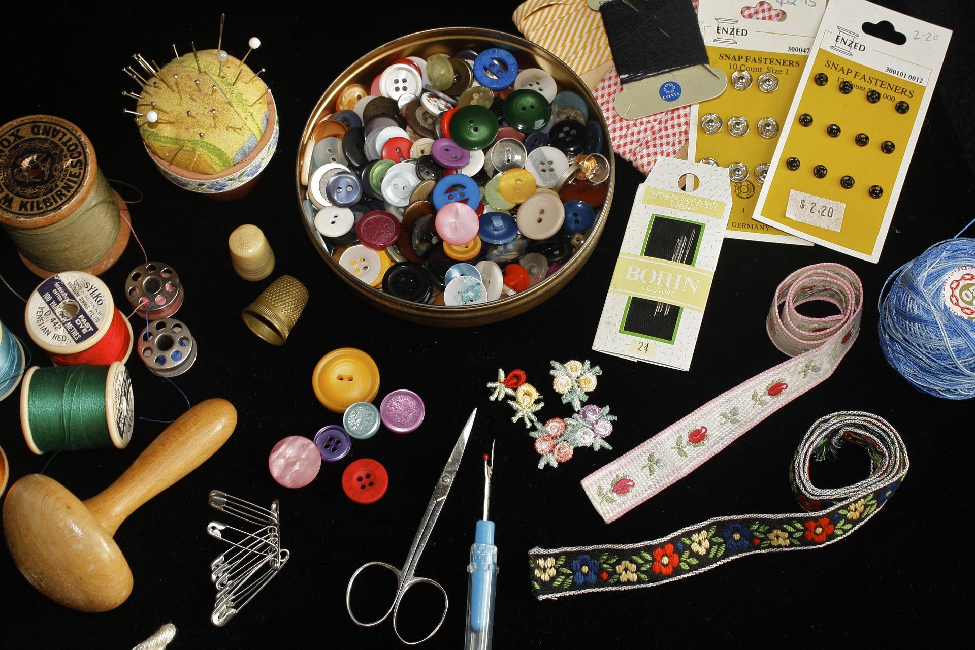 sewing-955333_1920.jpg