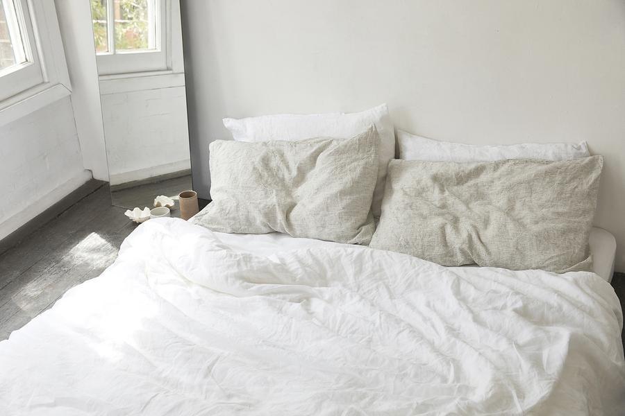 Duvet-White-Pinstripe-Pillowslips2_900x.jpg