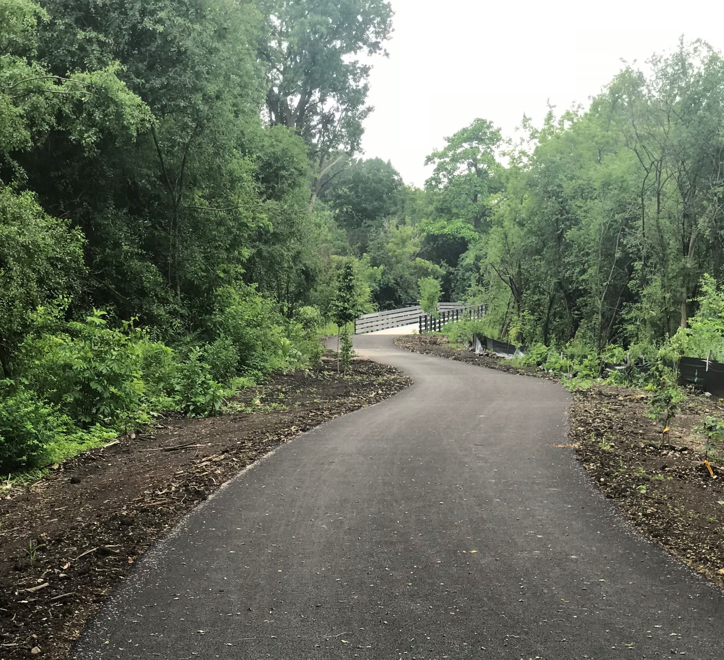 Heading south on the new section of the West Branch of the DuPage River Trail