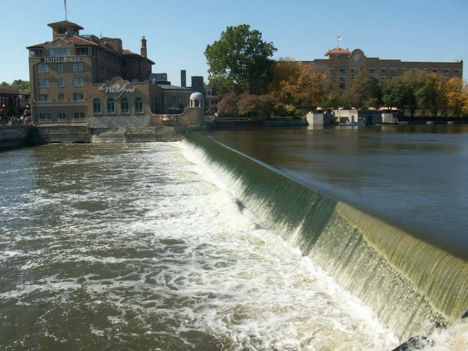 The dam in St. Charles is one of 19 on the waterway between the Illinois-Wisconsin state line and Ottawa