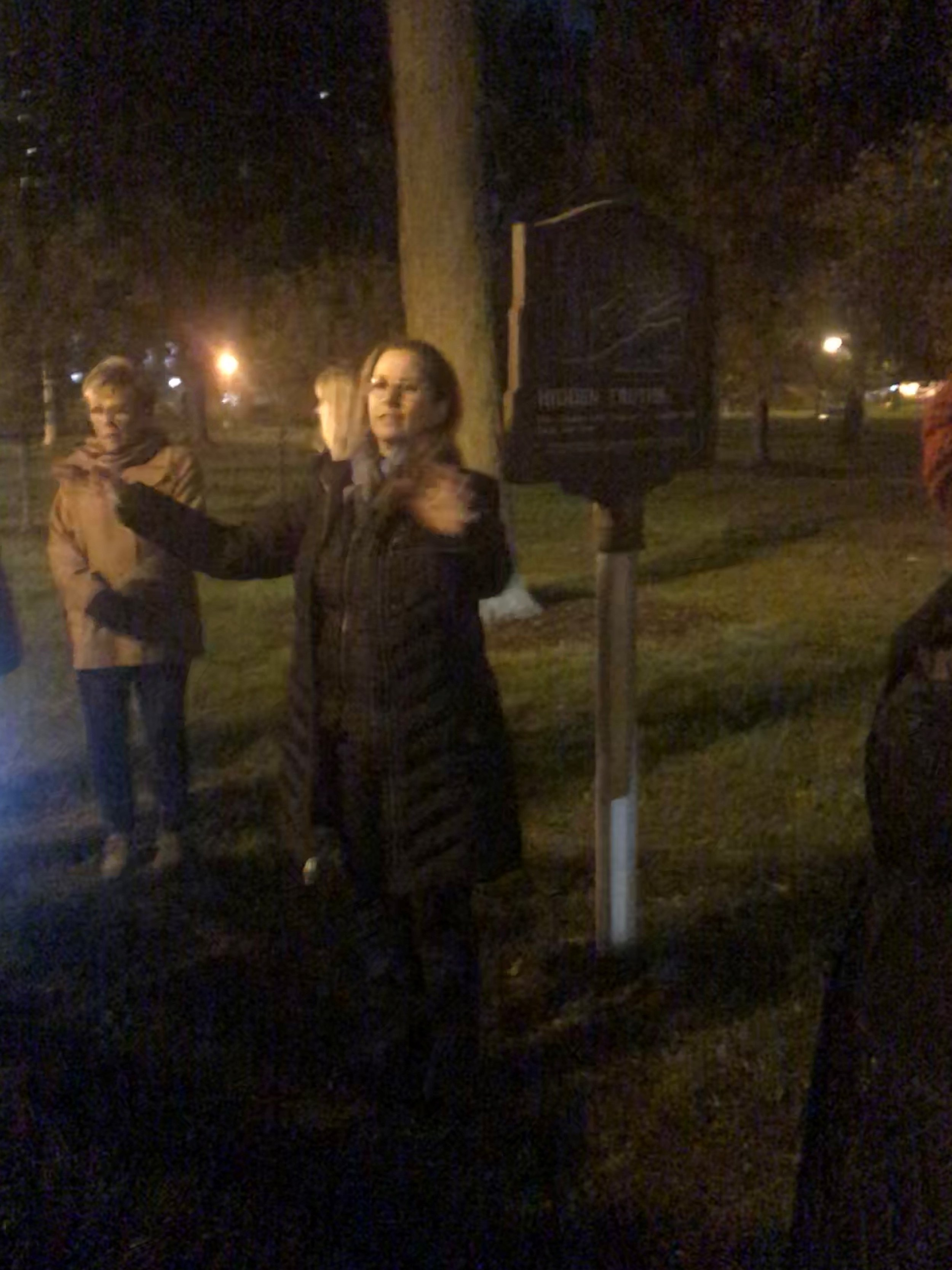 "Artist and historian Pamela Bannos led the Chicago History Museums ""Garden of The Dead"" walking tour through Lincoln Park"