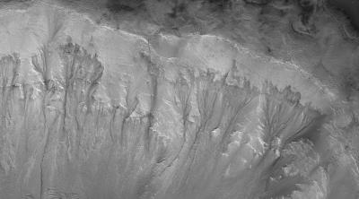 New research suggests subsurface water could be responsible for seasonal errosion on Mars (photo courtesy of NASA.gov)