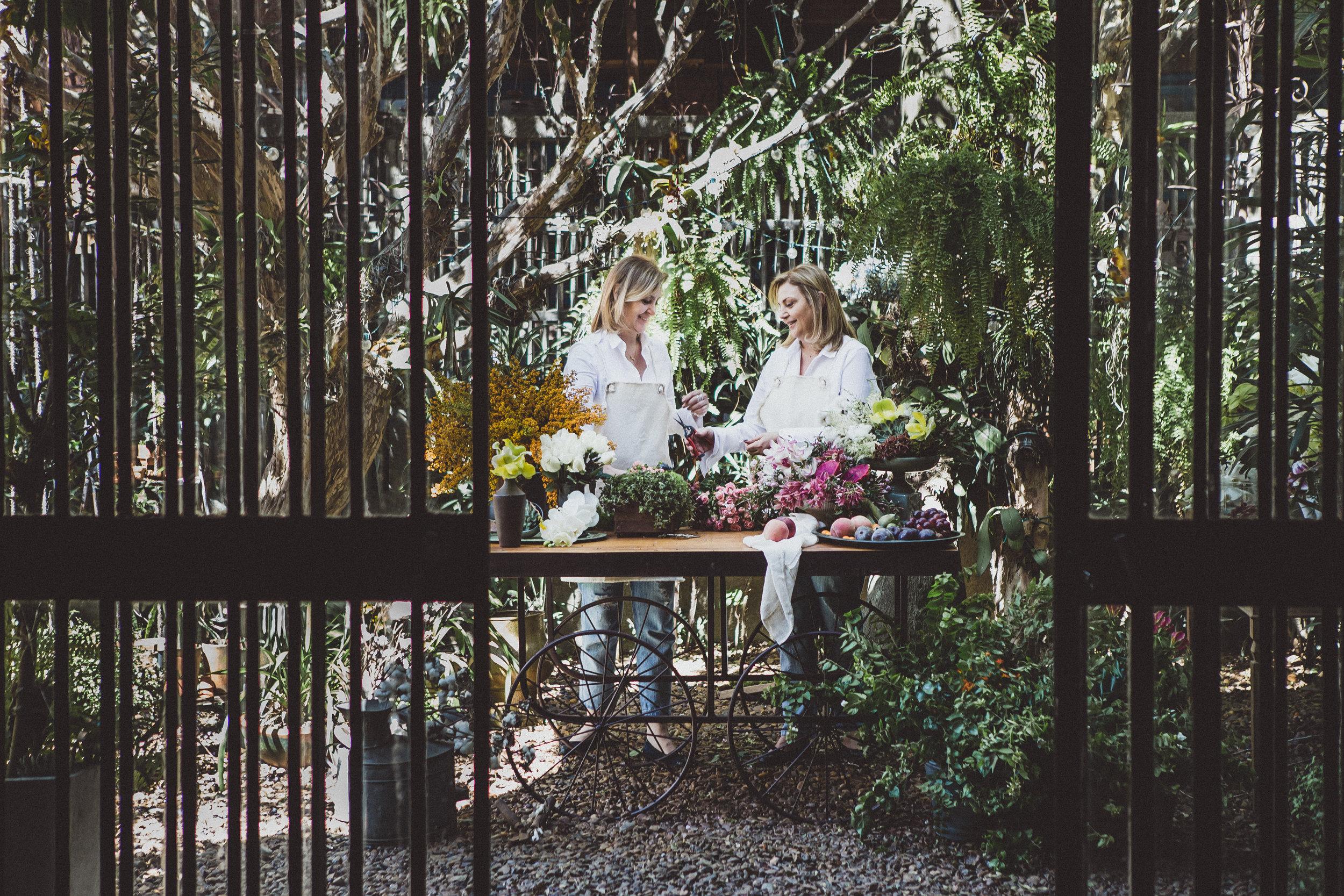 Cecilia Faria, Silvia Faria, boutique de flores, decoração de eventos, assinatura de flores, flores para empresa, presentes