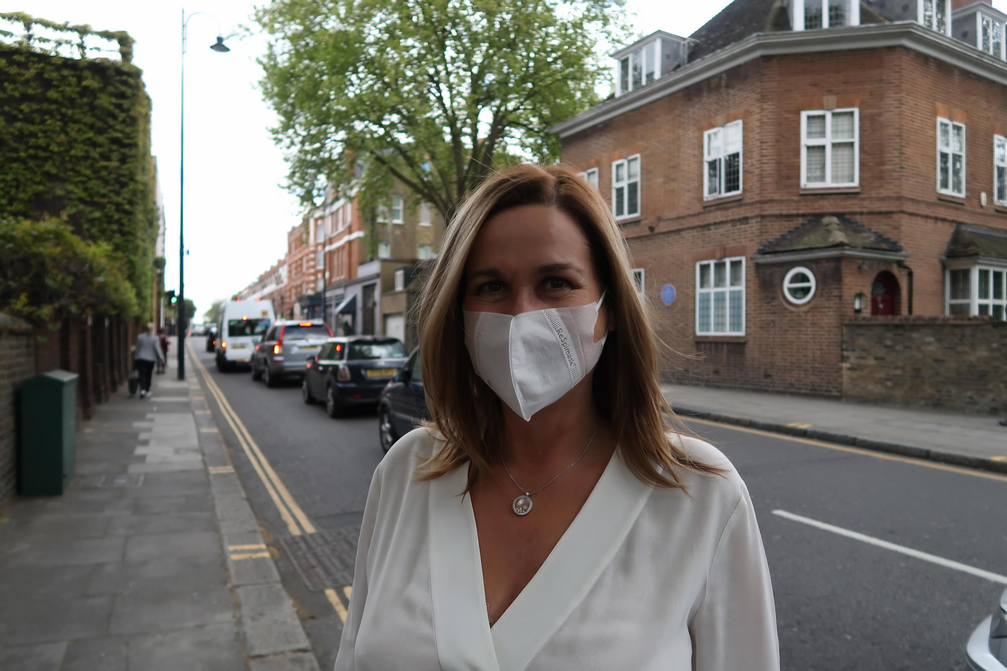 Face masks for air pollution - London's new must have