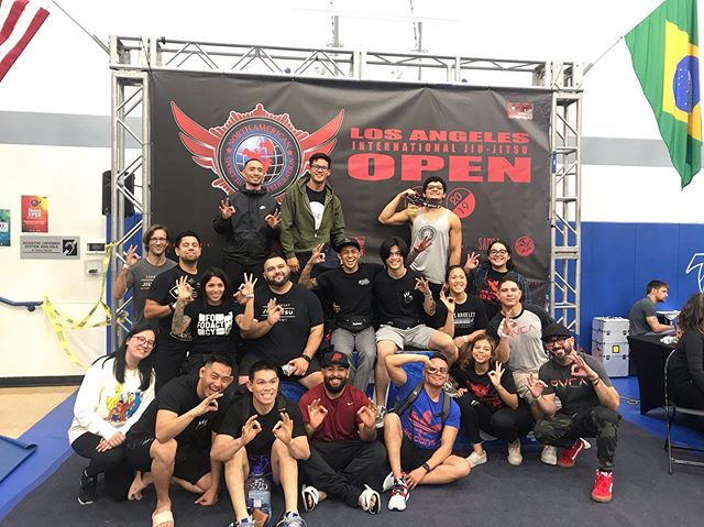 OOKAAAY PLAYERS🙌🏾🙌🏾🙌🏾 — Yesterday was a miserably long day but it was mostly an epic day of seeing all my teammates place gold and display all their hard work on the mats. — Sorry to the homies that stayed to watch me perform like a chump and lose in the first round. A great learning experience nonetheless, no excuses. — Proud to share the mats with these people and extremely privileged to have access to such a strong community of schools. @okayplayers_jiujitsu @lionheartjiujitsuacademy @schoolbjjmontrose @schoolbjjarcadia — #strength #conditioning #boxing #mittwork #mma #bjj #kickboxing #muaythai #brazilianjiujitsu #jiujitsu #pasadena #training #martialarts #fight #mitts #muaythai #fitness #train #workout #functionaltraining #combattraining #traininghard #striking #sunday #selfdefense #mixedmartialarts