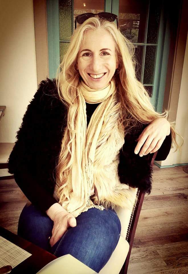 Anneke Bester Profile Image_2.jpg