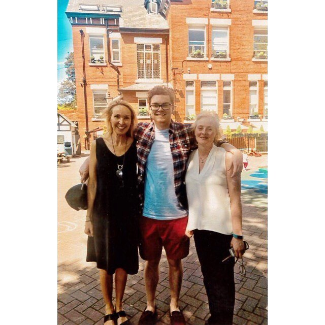 Thanks to Joe Sorrell, for these photos of his visit to Oakfield in summer! He popped in to see his Aunties, on his way from the airport. Joe has completed his law degree at Oxford University & now lives in the US 🇺🇸 Such a lovely surprise and great to hear what he has been up to 😊 Still the same happy chappy, only a lot taller!! #OakfieldFamily #OakfieldianForLife Old Oakfieldian Class 1998.