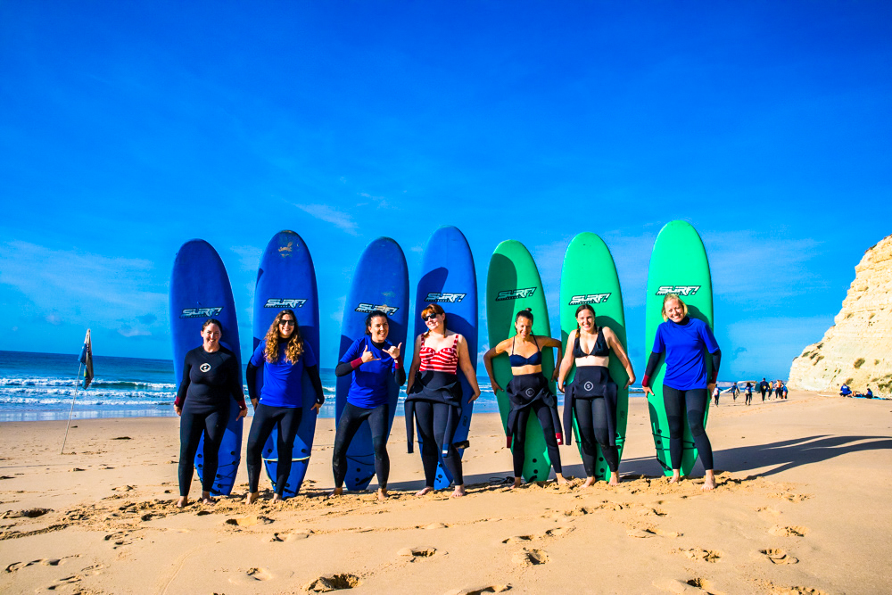 SURF - Heading to the beach with the best waves for beginners, we'll head out for a morning surf.You'll receive great surf coaching from our professional surf instructors. Never surfed before? You'll be in great company, with most of our guests learning to surf for the very first time.Our weekends are great for beginners and intermediate surfers, with lessons for your level.