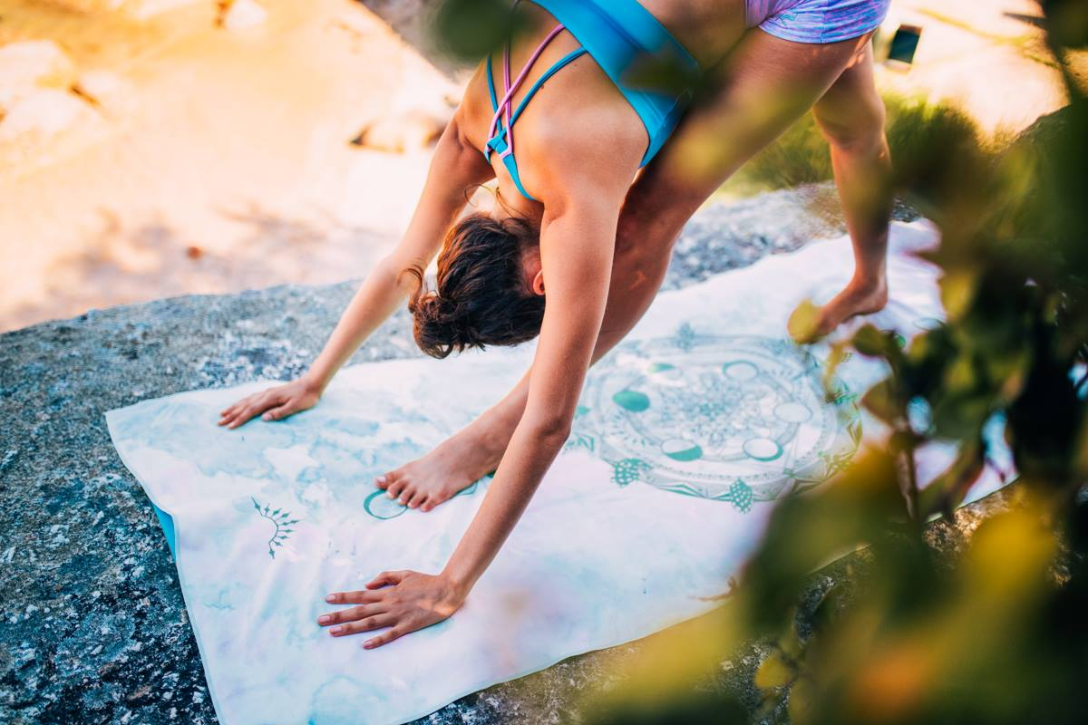 SUNSET YOGA - We'll end our day with a relaxing yoga session. Through out the weekend, you'll enjoy Vinyasa and Yin Yoga, dynamic practices great for all levels.