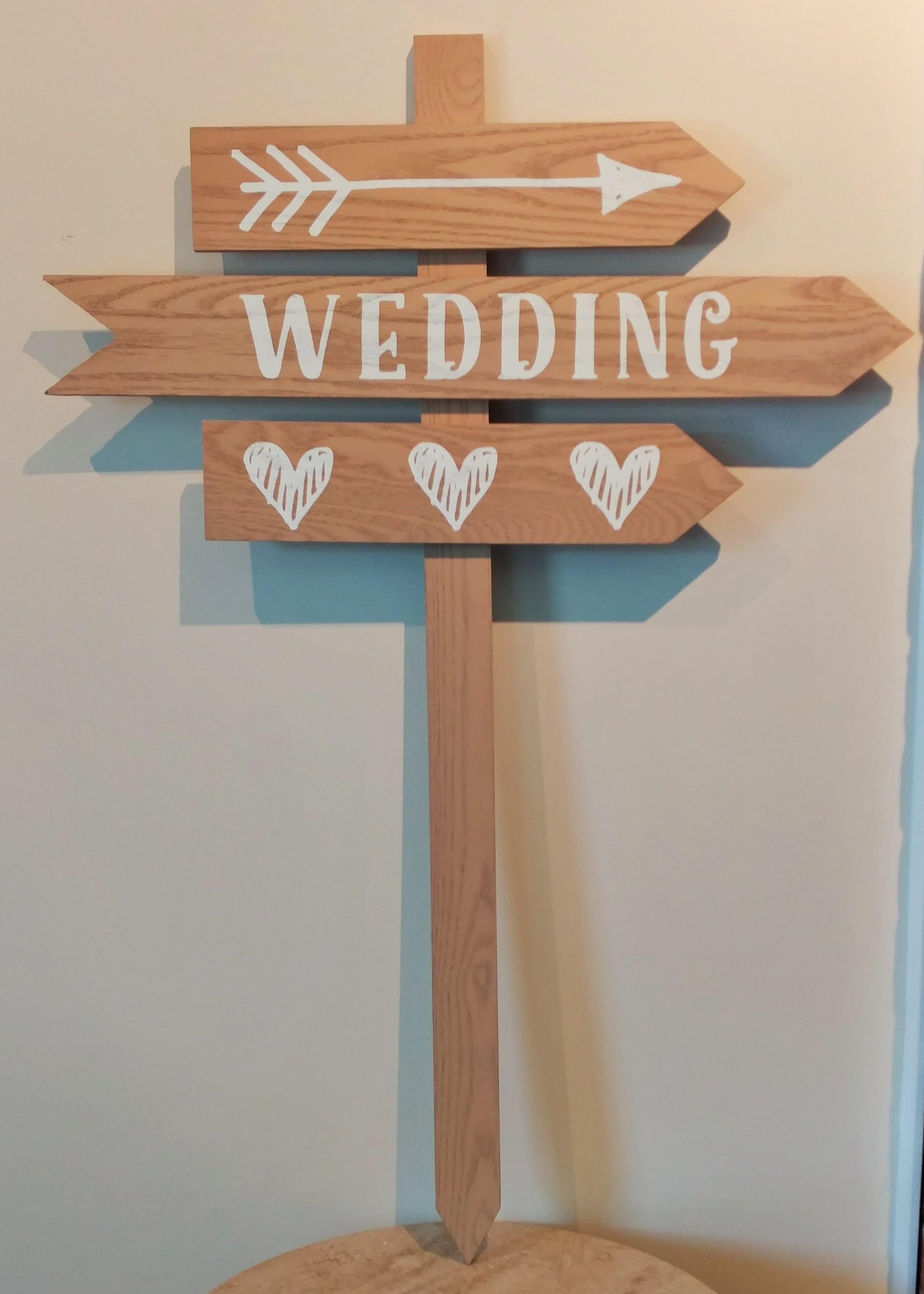 "36"" Wooden Wedding Stake"