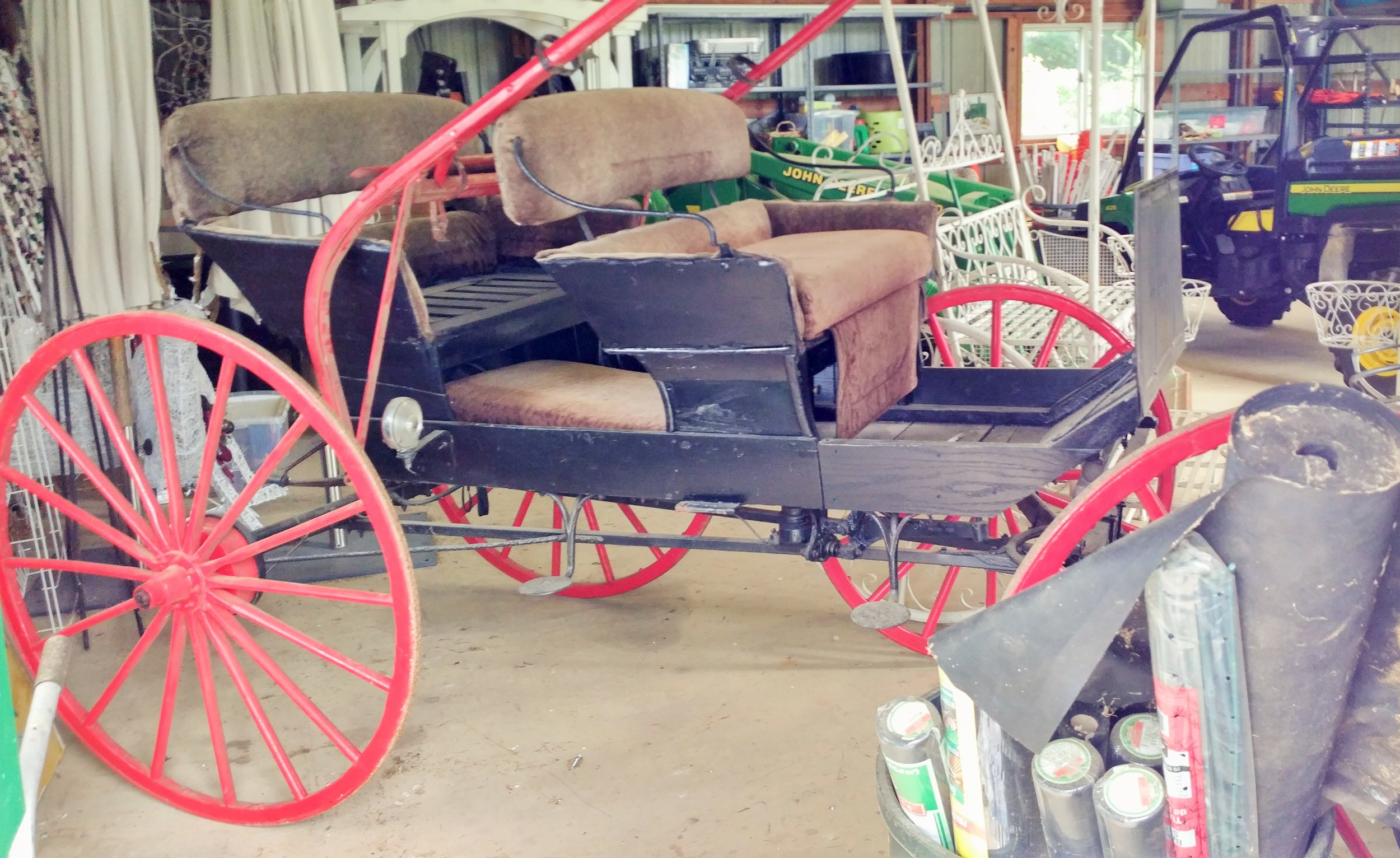 Traditional Buggy Carriage (Seats 4)