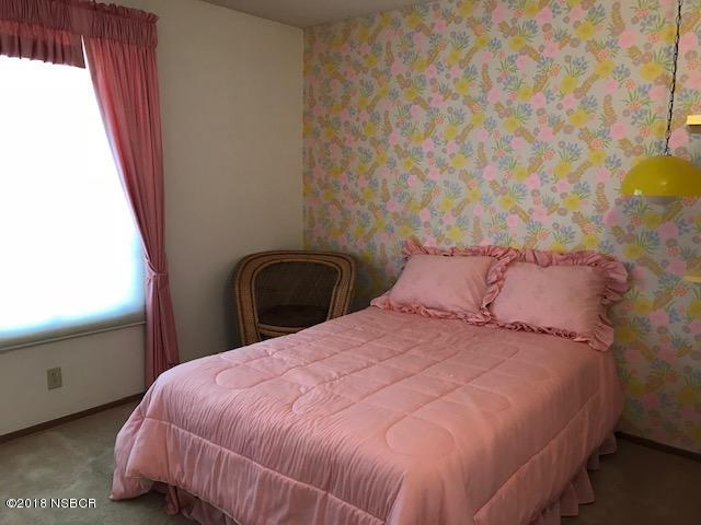 1528SheffieldDrive_Bedroom2.jpg