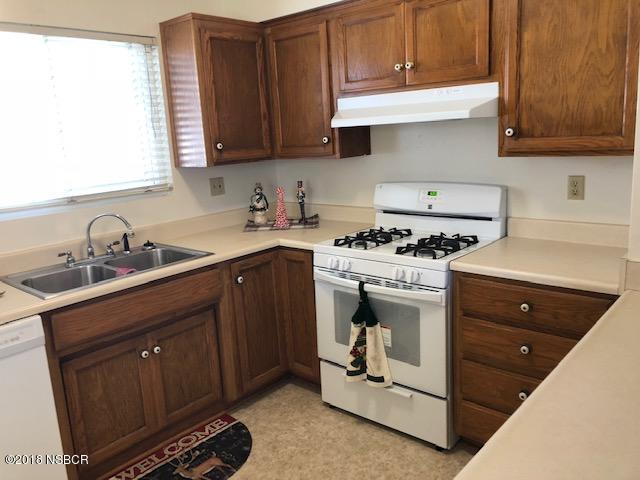 205North-7th-Street_kitchen2.jpg
