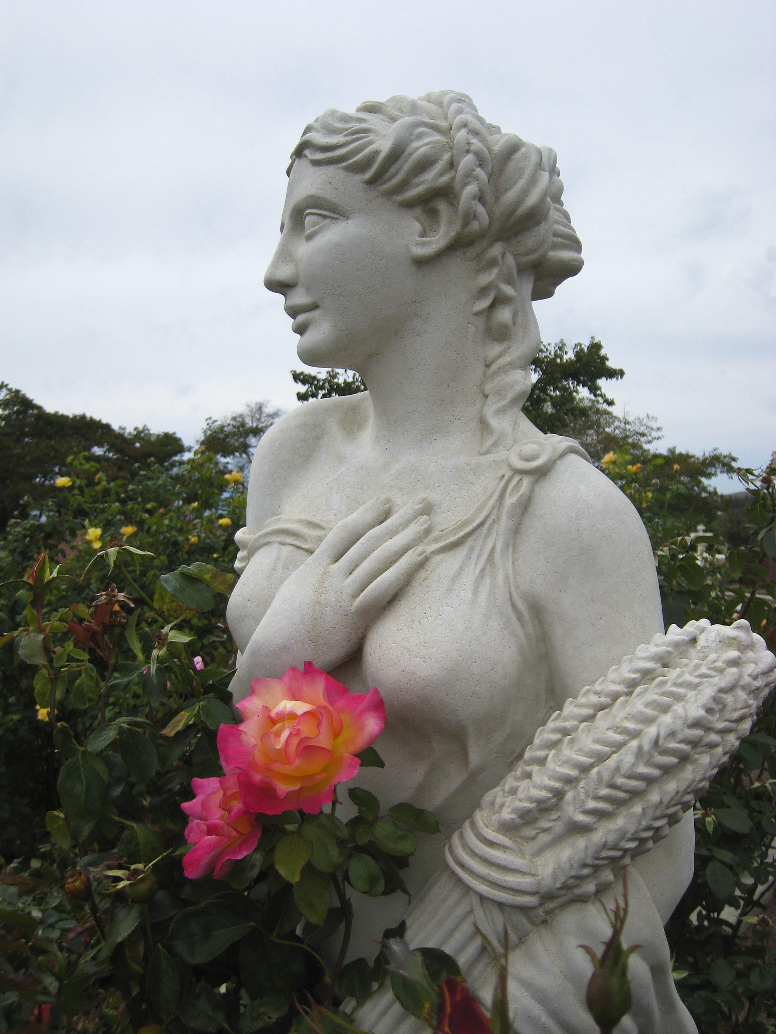 RoseStatue.jpg