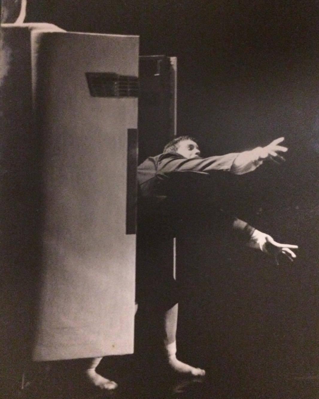 Hábitos manhãs e manias - 1995 - Coreografia Giselle Tápias
