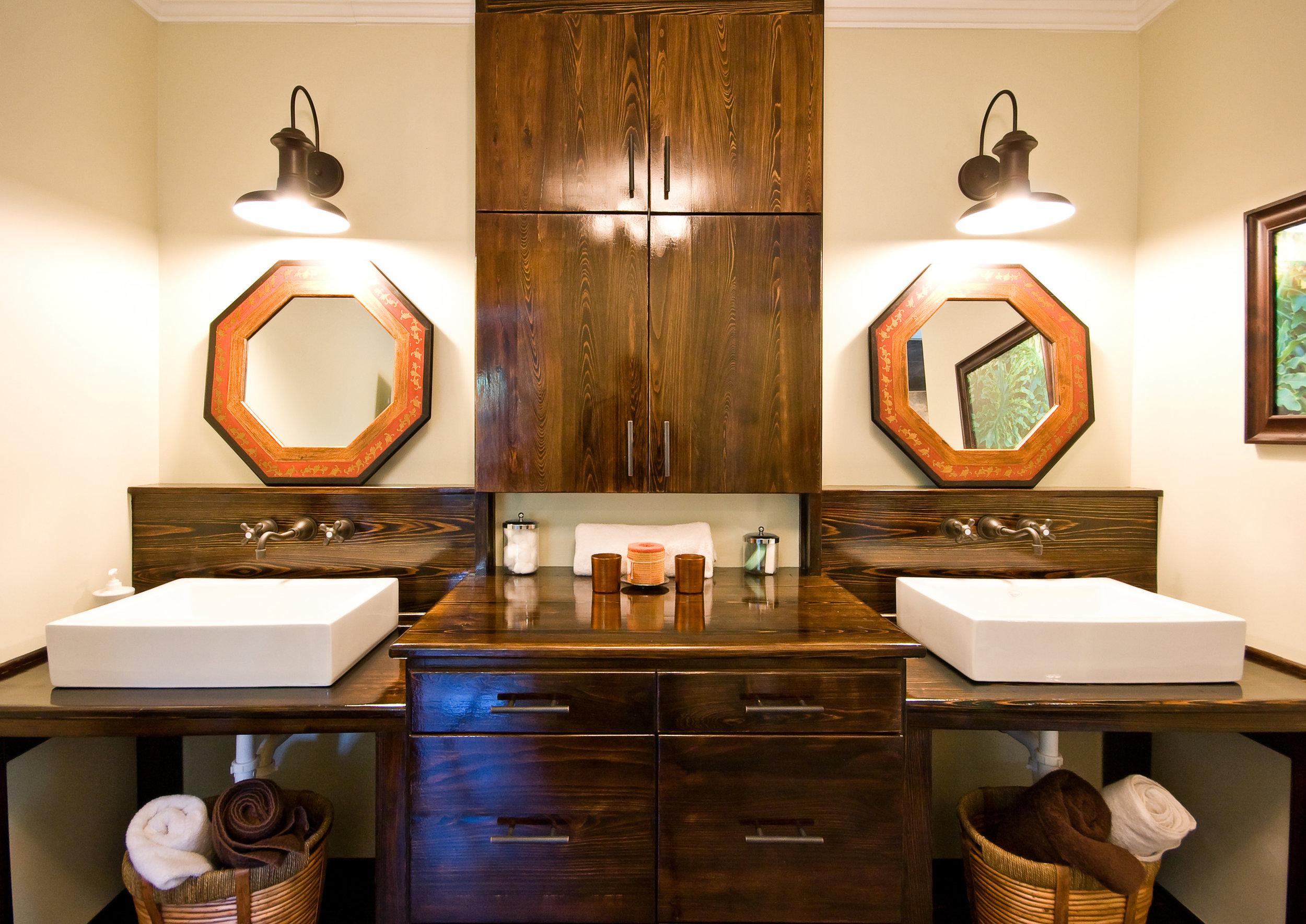 12 Sayle Bath Sink.jpg