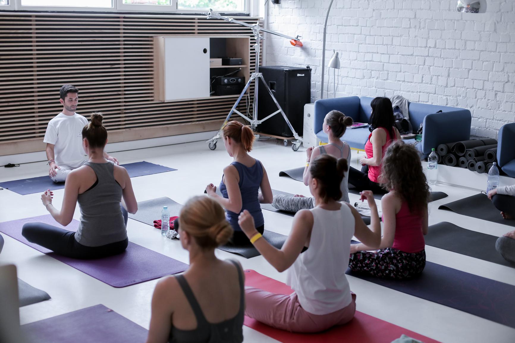 Rezan,Yoga Day organizat de Yoga City