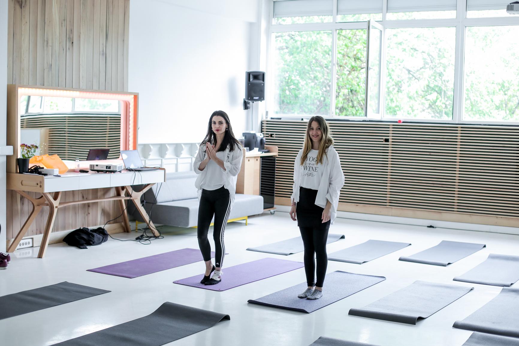 Laura si Mia, fondatoarele Yoga City