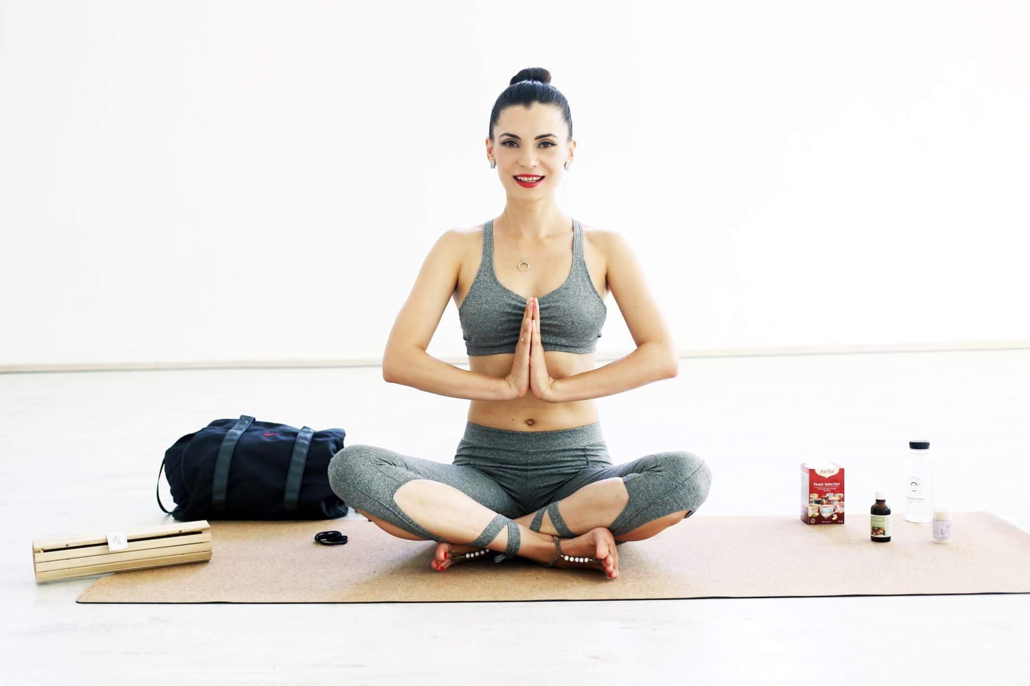 Laura Calin_Yoga Ritual.jpg