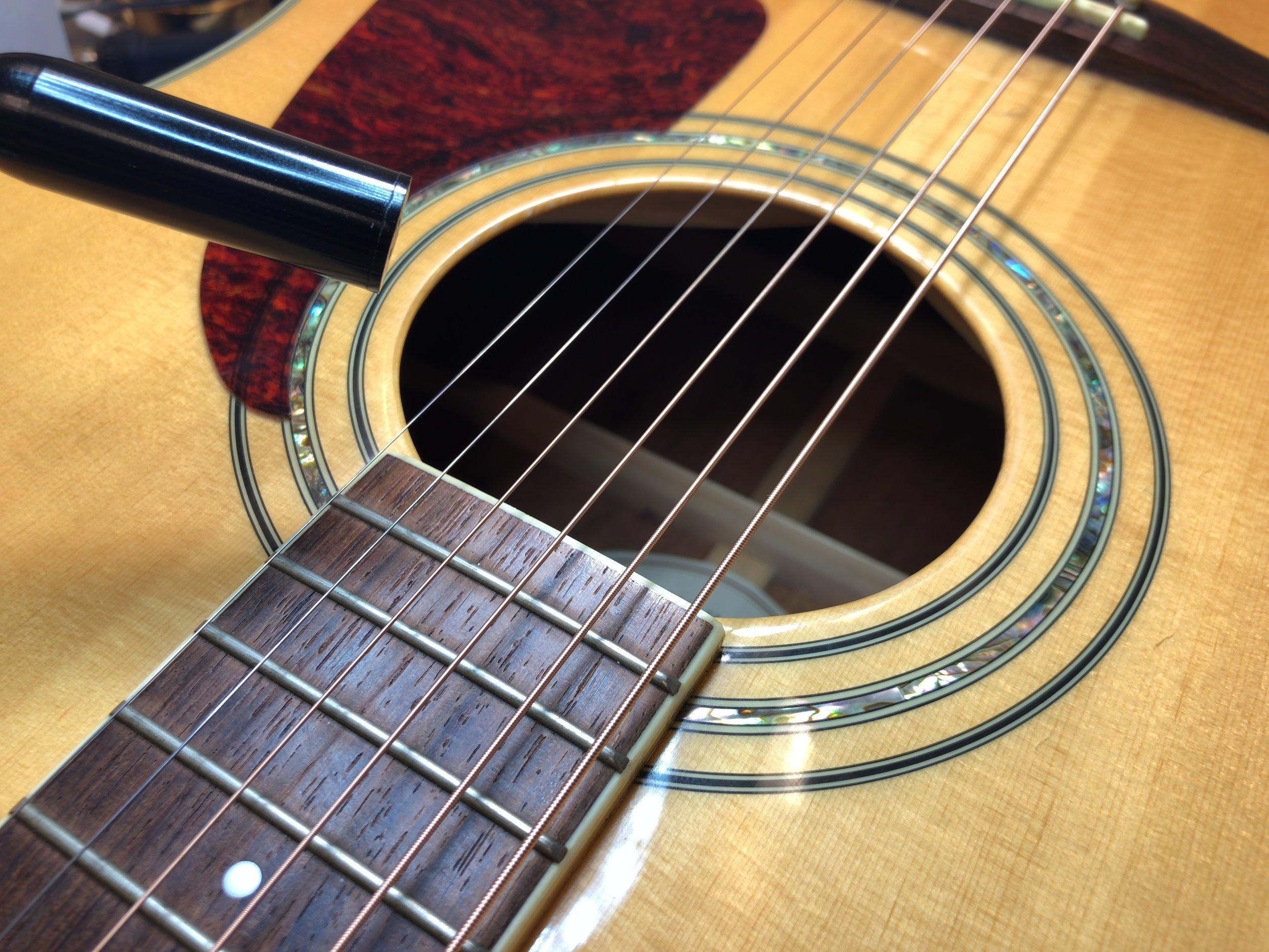 guitar_mic_hole.JPG