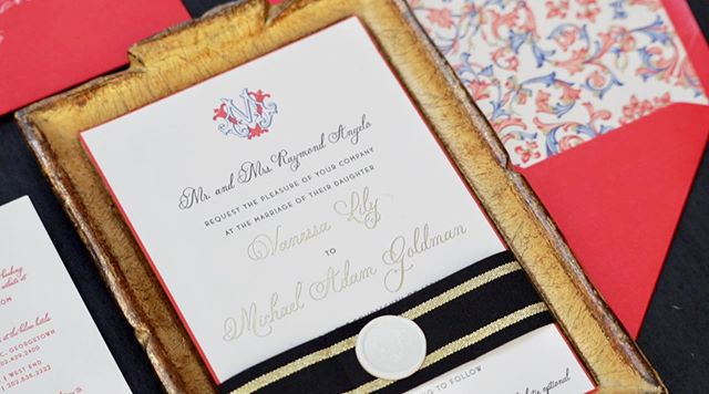 All of the reds, whites & blues in this Florentine-inspired invitation suite, complete with Italian paper from Rossi 1931. This paper served as inspiration for V + M's entire event design for their spring wedding at @fairmontwashington.
