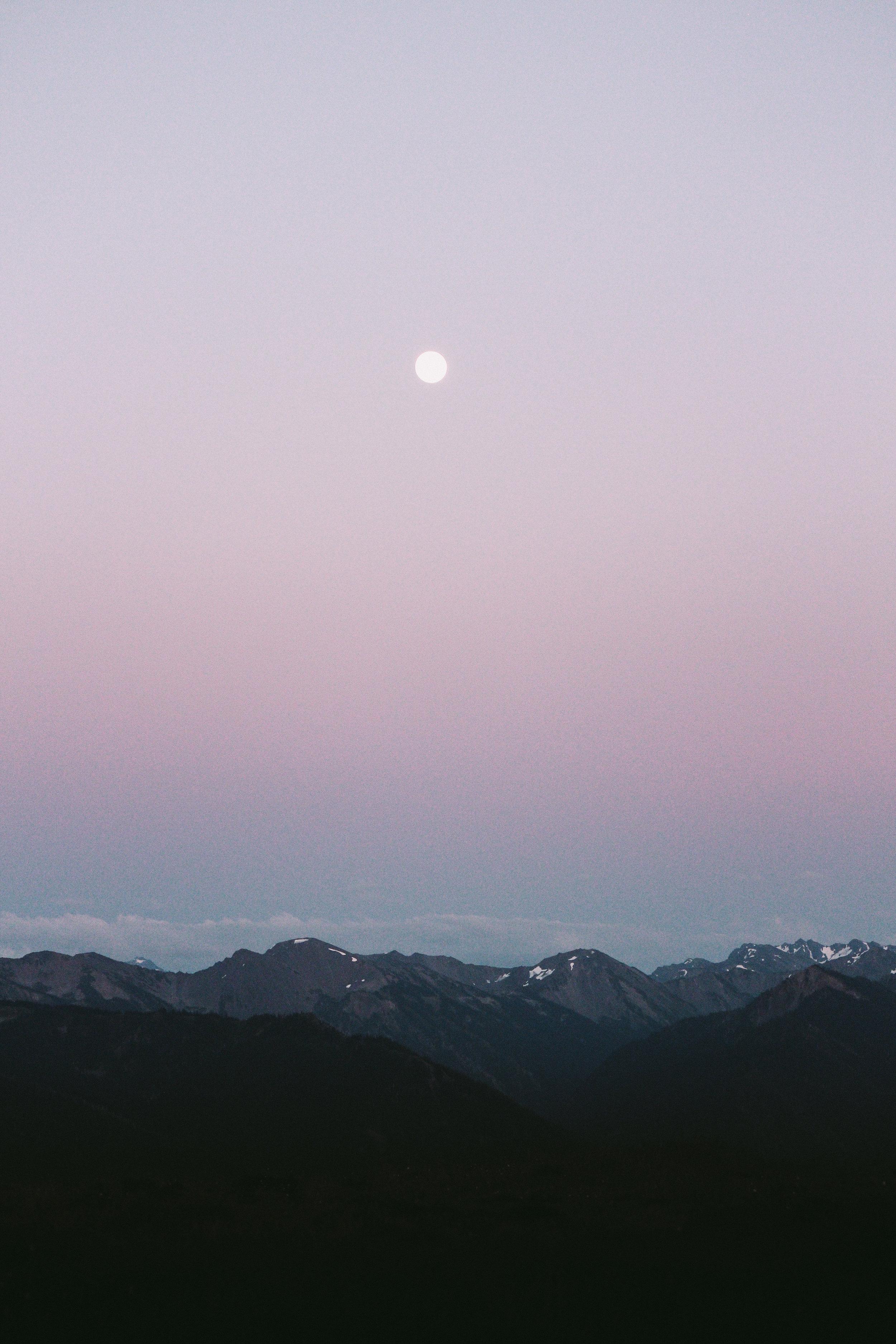 moonsethurricane.jpg