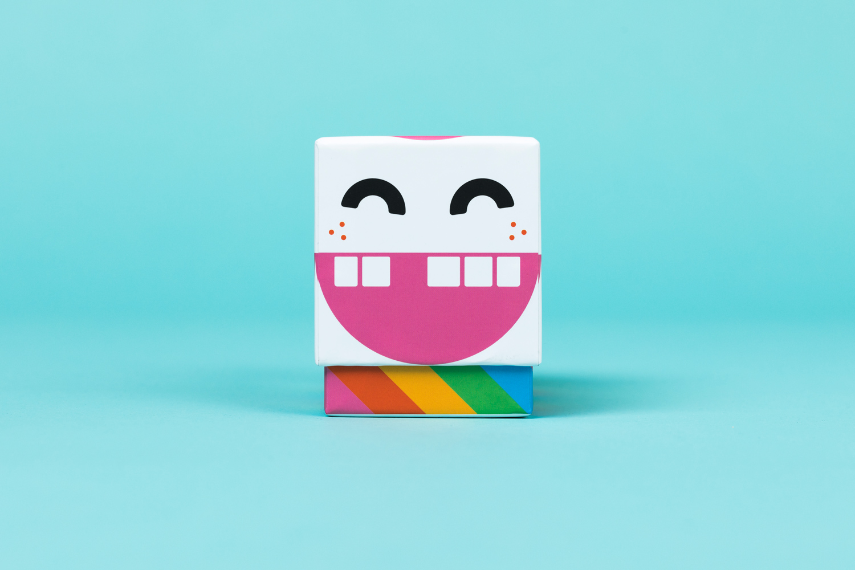 rackarunge_boxside.jpg