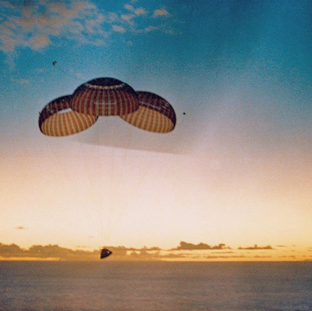 "#todayinhistory in 1969 Apollo 10 returns to Earth. Apollo 10 was the fourth crewed mission in the United States Apollo space program, and the second (after Apollo 8) to orbit the Moon. Launched on May 18, 1969, Apollo 10 was a ""dress rehearsal"" for the first Moon landing, testing all of the components and procedures91 that would go into the moon landing 🌘🚀"
