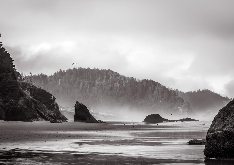 Between the Rocks   Oregon Coast