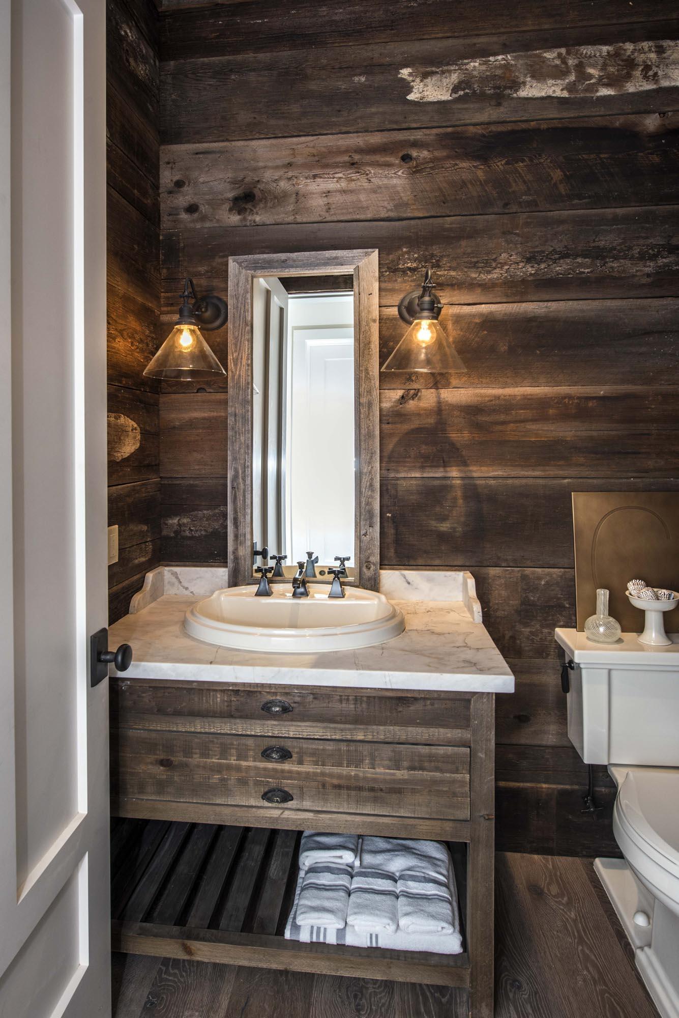 Bathroom DSC_2465.jpg