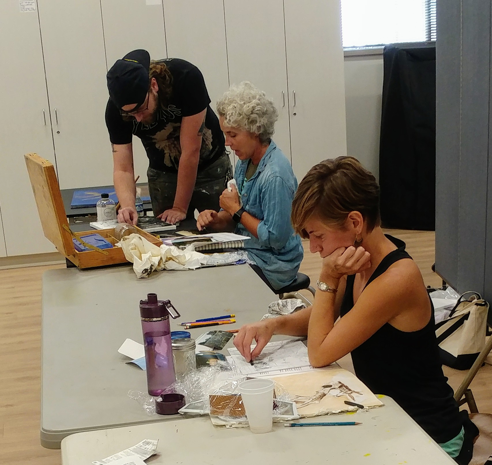 join a class - The Hutchinson Art Center offers a variety of classes to artists of all ages and skill levels. We are making an effort to expand on our available workshops and camps over the next year to provide more opportunities for you, the members of our art community.