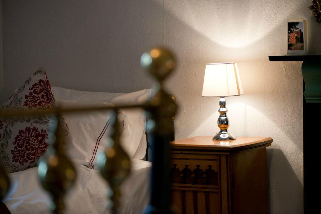 Ronnies room lamp.jpg