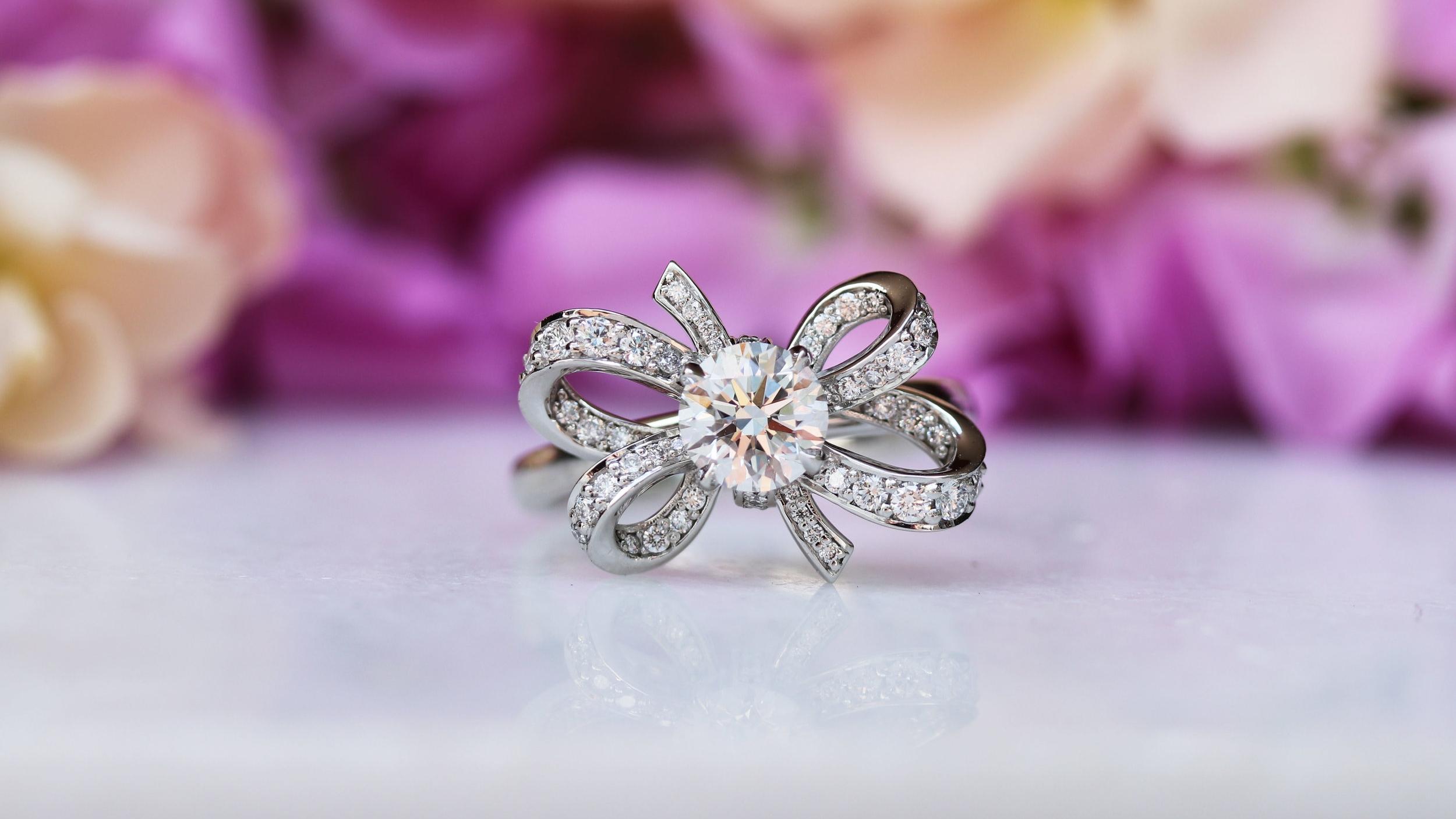 lab-diamond-custom-engagement-ring.jpg