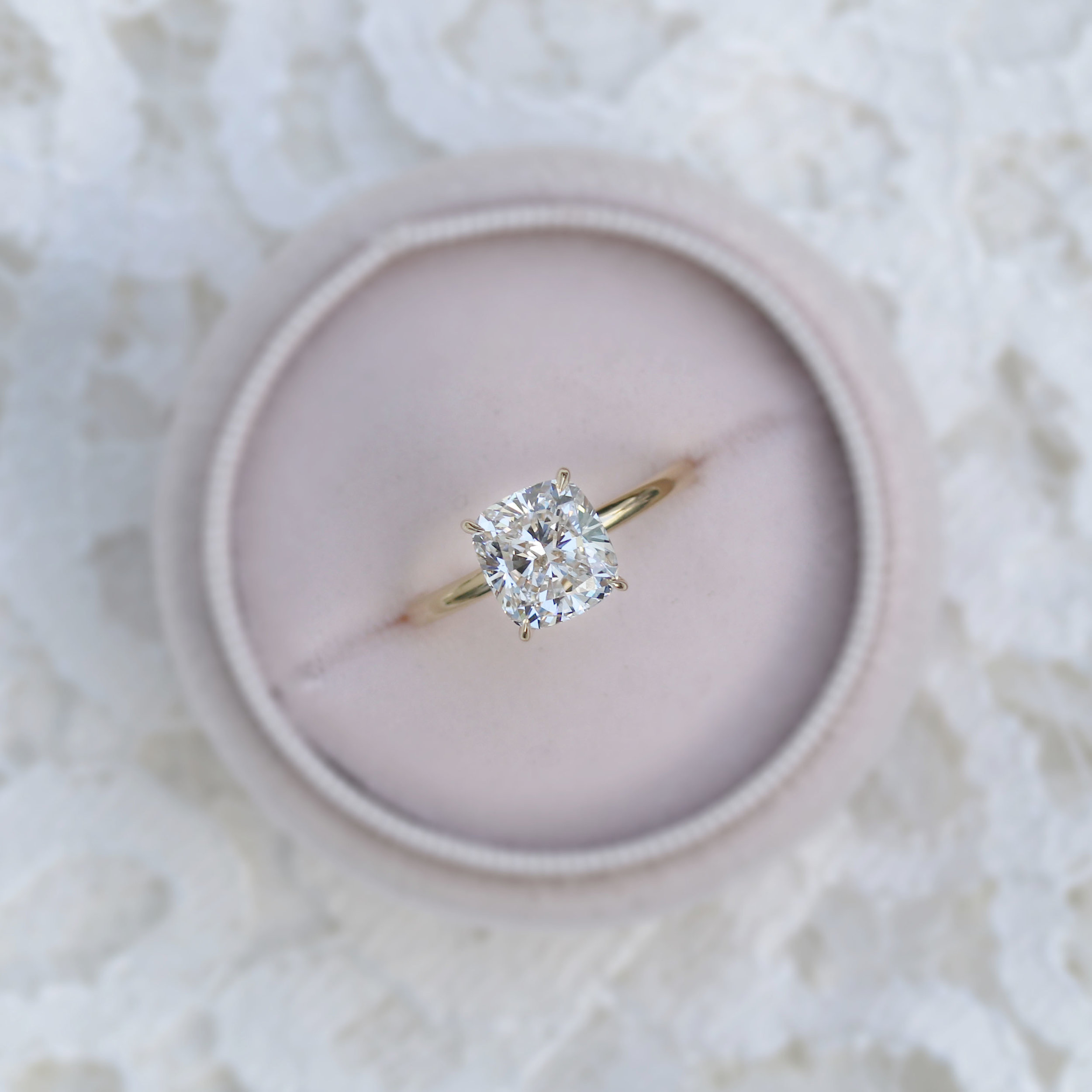 Cushion Solitaire -