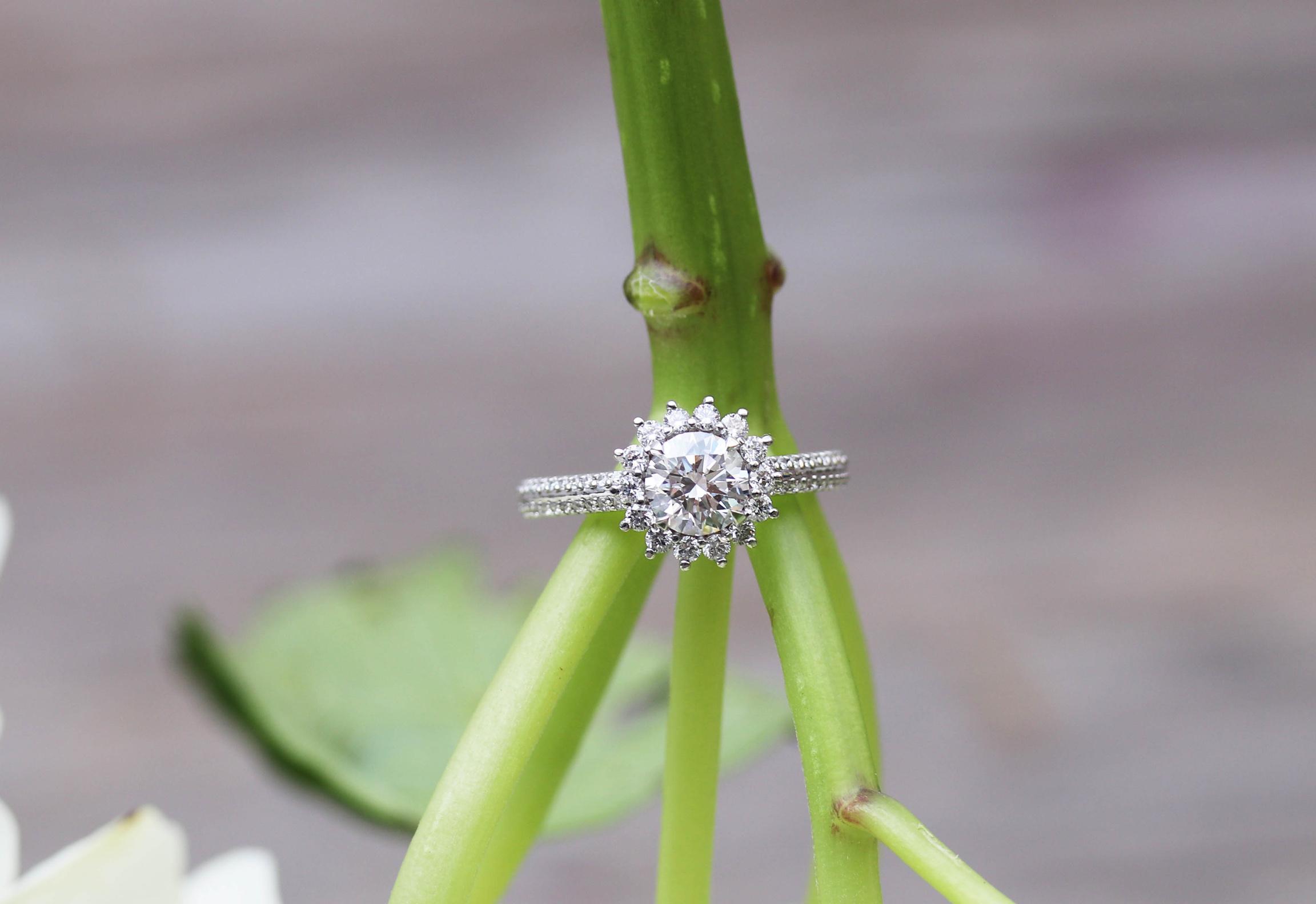 lab-diamond-enagement-ring-halo-split-band-AD116-p.jpg