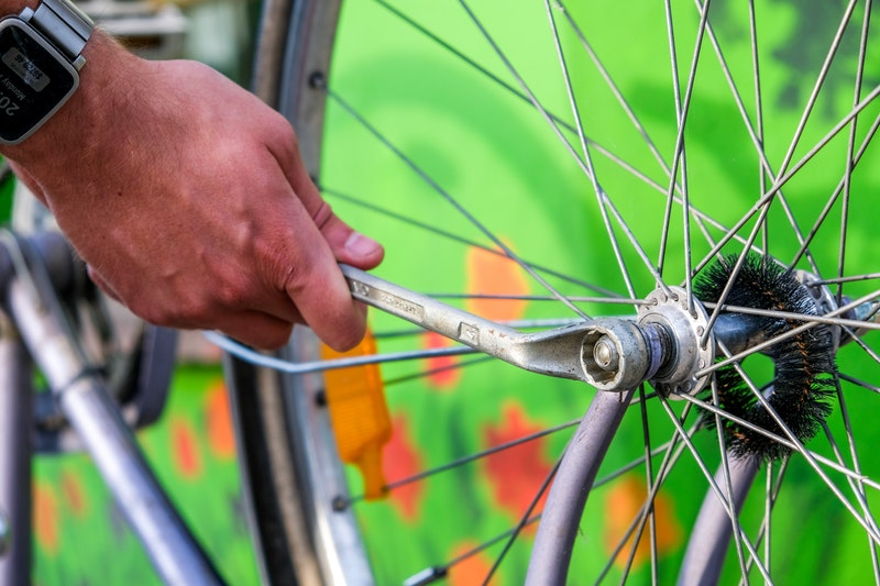 adult-bicycle-cyclist-1154089.jpg