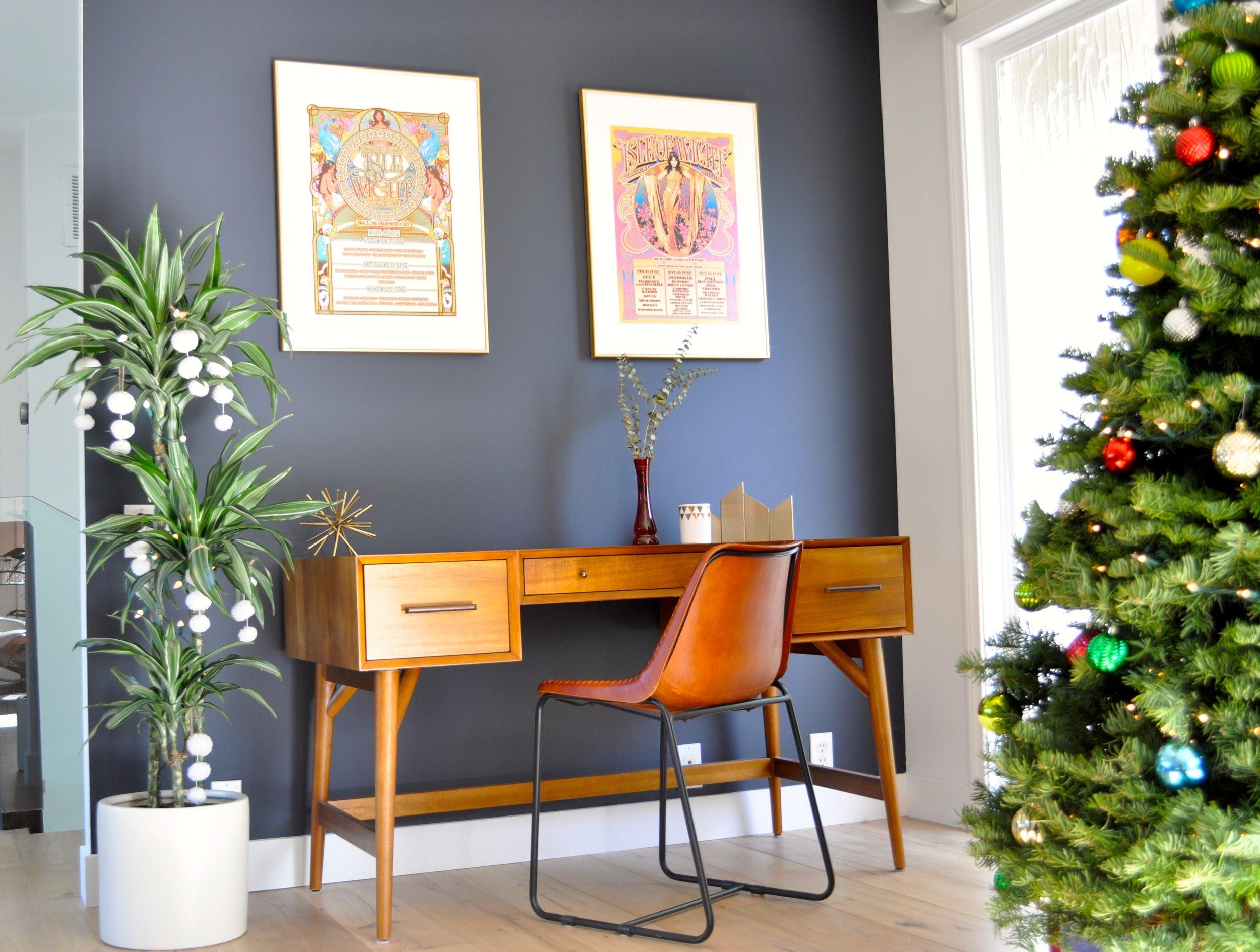 Christmas Office.