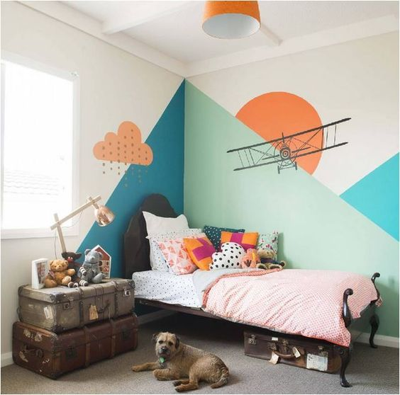 Found Image via Pinterest, source unknown. Loving the unique use of paint here. It's making a hard case against wall paper for me.