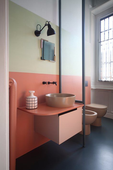 bathroom color blocking .jpg