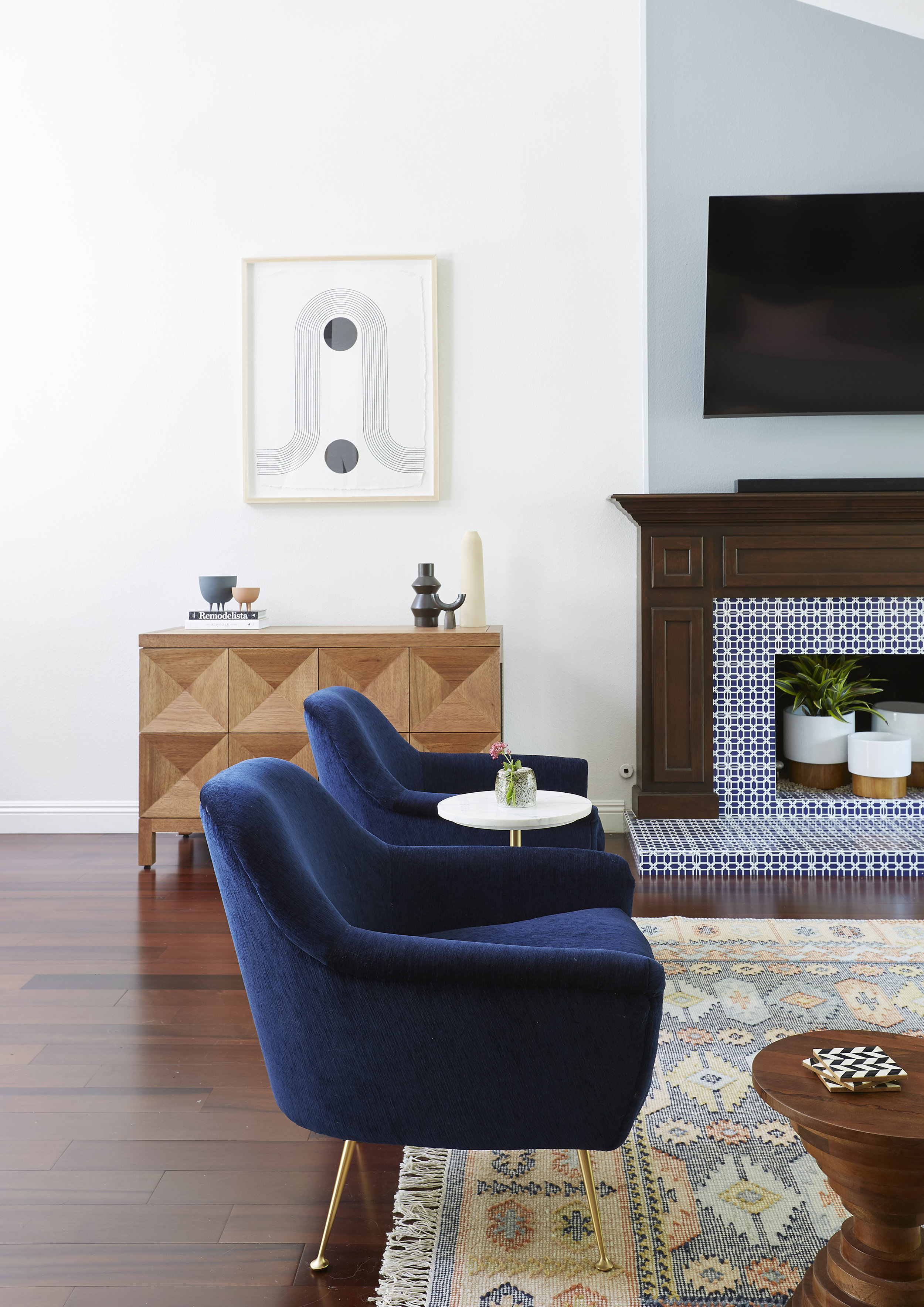 Modern Great Room - Popix Designs