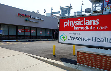 Physicians Immediate Care    ±3,525 sf   933 W Diversey Parkway | Chicago