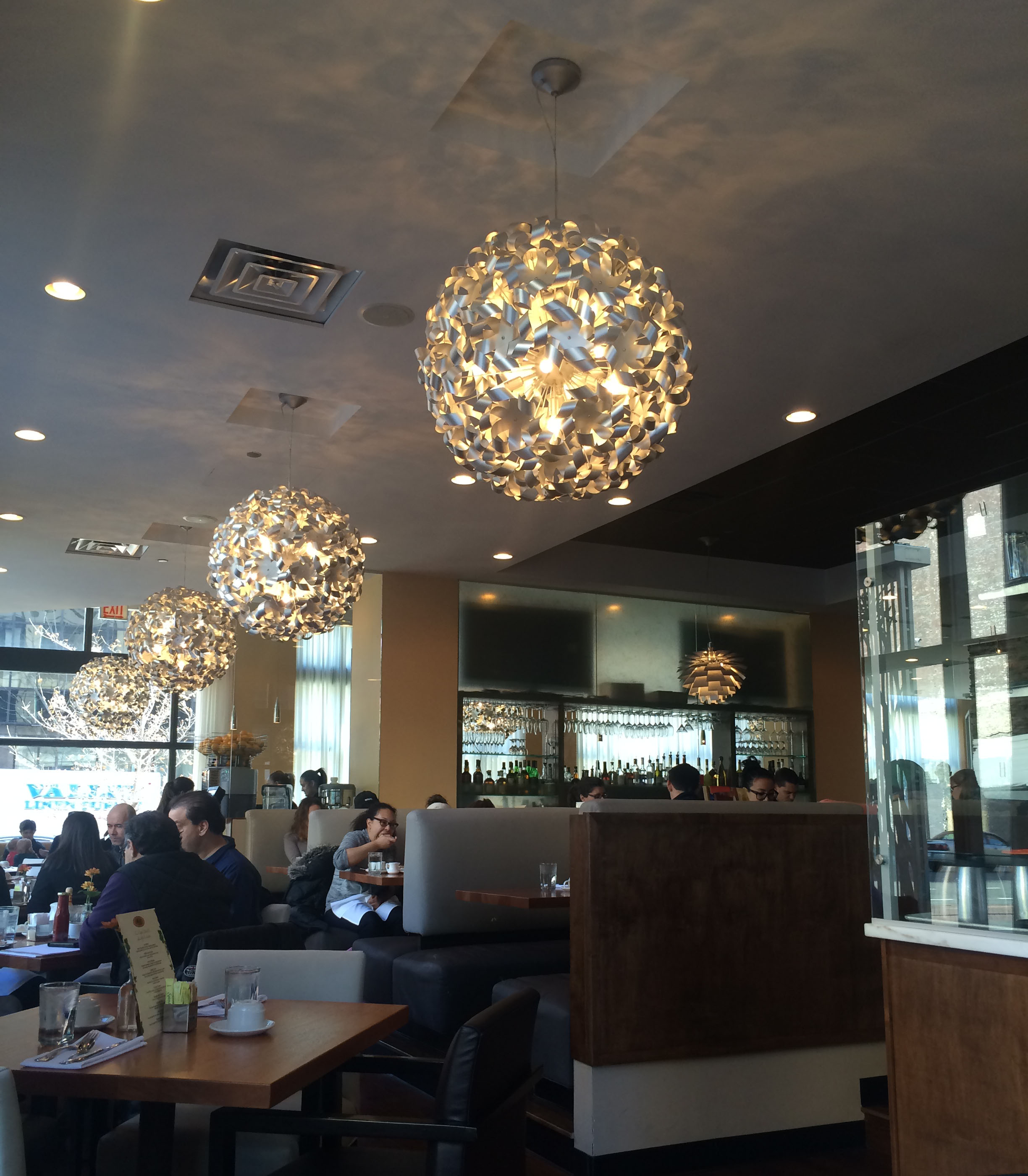Meli Cafe - South Loop    ±6,200 sf   500 S Dearborn Street | Chicago