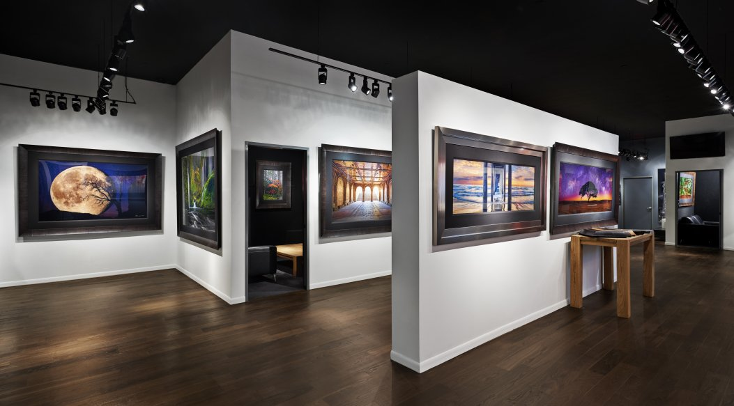 LIK Fine Art    ±13,304 sf   444 North Michigan Avenue | Chicago