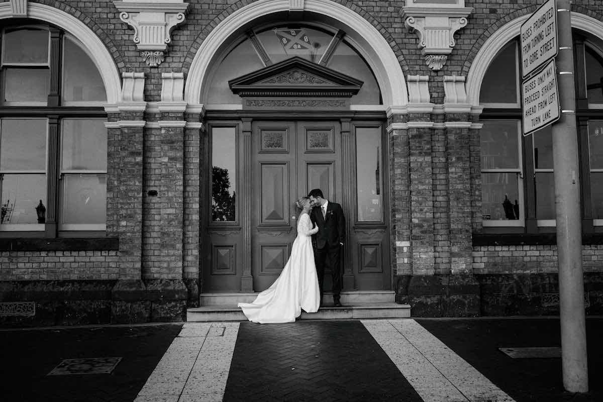 Urban wedding photo shoot-Emily Chalk Auckland.jpg