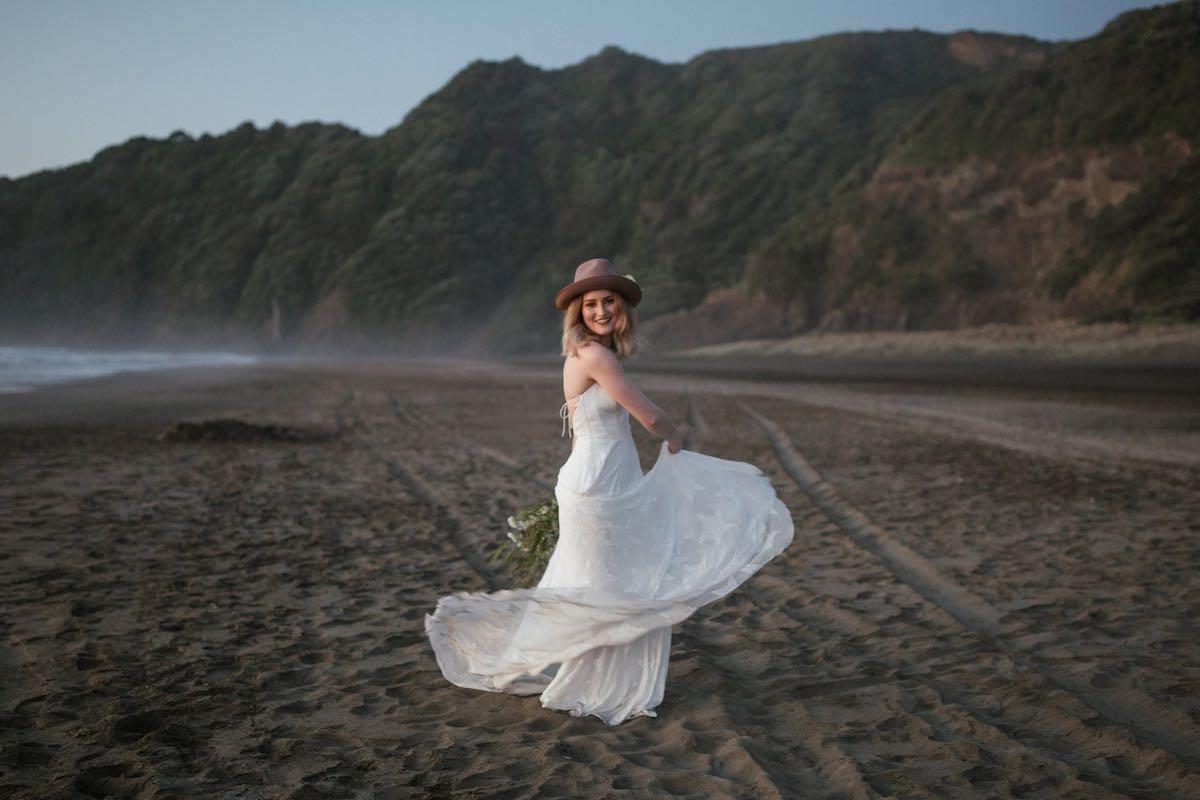 Murawai wedding photos - Emily Chalk