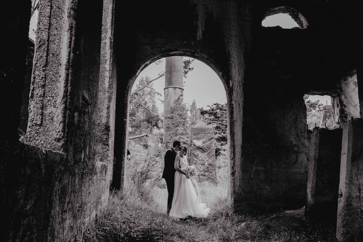 Black & white wedding photos - Emily Chalk - Auckland.jpg