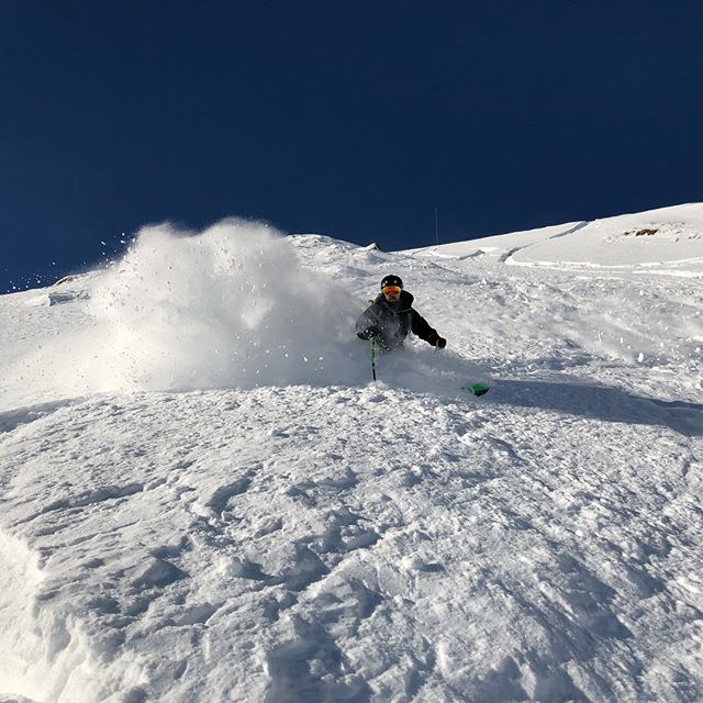 Meeting tonight at 7pm in DSH126! Join us to figure out the final details of the wolf creek skiing trip this weekend! Check the Facebook group for more info ... 3/20/19 ... #unmtnclub #wolfcreekskitrip #skiing #snowboarding #collegefun