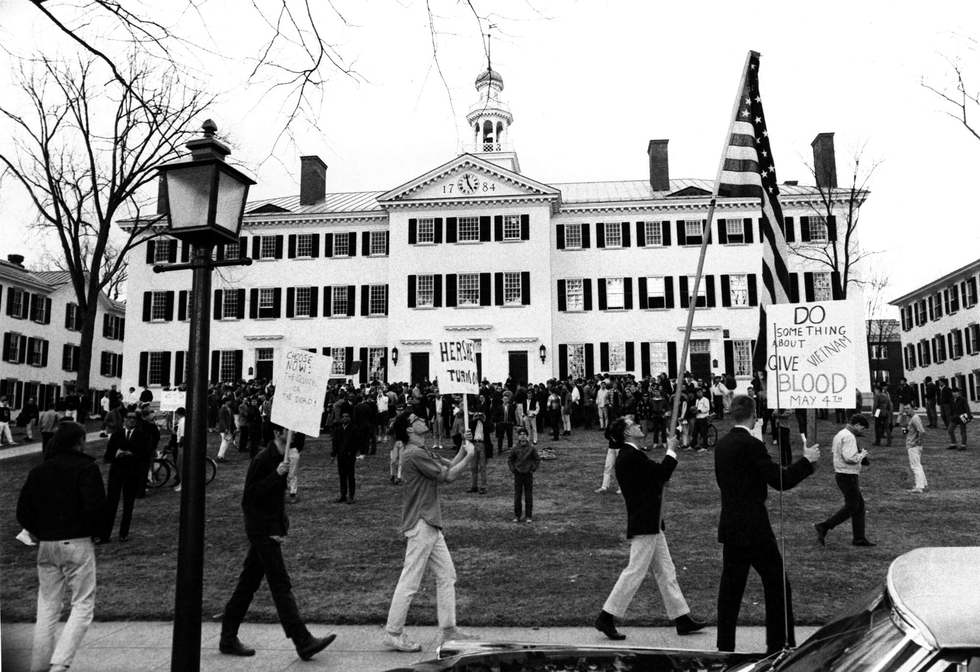 Anti-war protest outside Dartmouth Hall, April 14, 1966